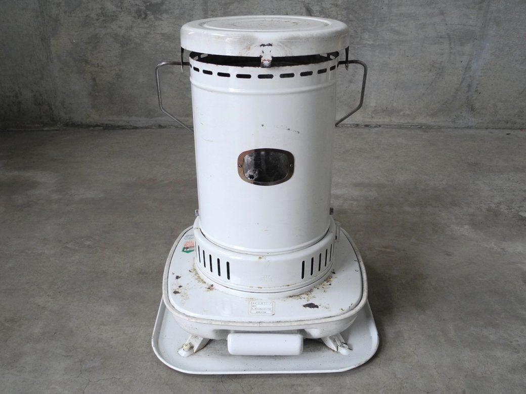 【売れ筋の暖房器具】買い替え時と処分方法